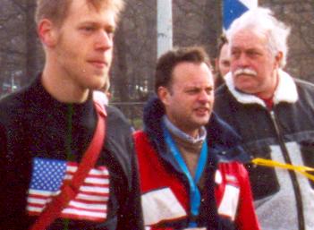 Cor Stoker (rechts) op de genoemde demonstratie