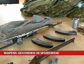 Aangetroffen wapens bij C18 lid Arris de Bruin, 2007