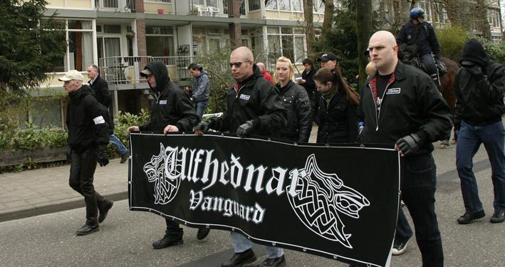 Ulfhednar op NVU demonstratie in Ede, 2011