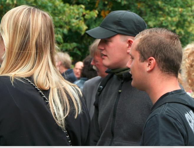 Jeroen van den Berg (midden) met vriendin en een bevriend stel