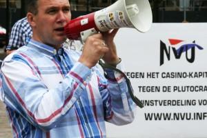 Partij leider Kusters op NVU manifestatie 20 juli 2013, Den Haag