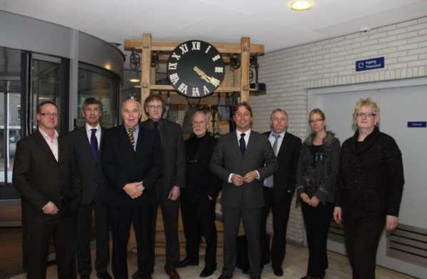PVV Statenfractie op bezoek bij extreemrechtse Partij Vrij Almelo