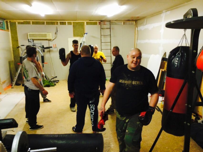 Kickboksen oefenen in Rac'n'Roll place, 2014